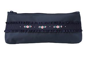 手刺繍ペンケース薔薇と蕾(ピンク)